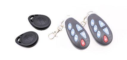 Mandos y tags incluidos en el sistema de alarma Safe Sure